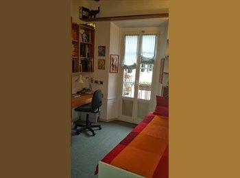EasyStanza IT Tiny and bright (for F-tenants only) - Milano Centro, Milano - 550 a Mese,€127 a Sett.€30 a Giorno€ - Immagine 1