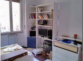 EasyStanza IT - Stanza singola ammobiliata in centro a Livorno - Livorno, Livorno - €250