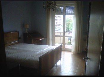 EasyStanza IT - App spazioso e vicino a tutte le comodità - Arancio-S.Marco-S.Filippo-S.Vito, Lucca - €400