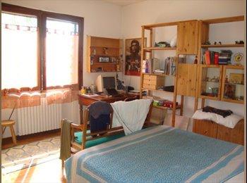 EasyStanza IT - stanza singola E 220 - Padova, Padova - €220