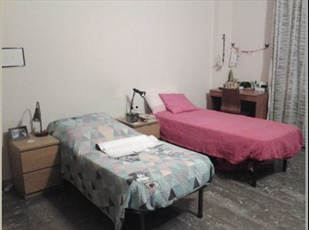 EasyStanza IT - Da gennaio libero posto letto in ampia DOPPIA - Novoli - Firenze Nova - Firenze Nord, Firenze - €250