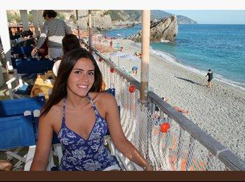 EasyStanza IT - Daniela - 25 - Roma