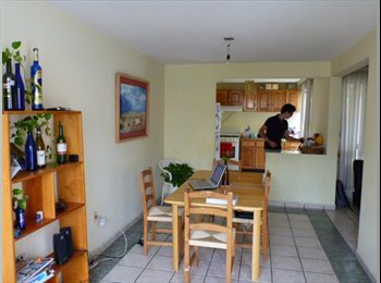 CompartoDepa MX - Rento cuarto en casa amueblada y bonita :) - León, León - MX$2500