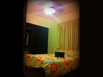 CompartoDepa MX - Bonita y cómoda habitación cerca de Plaza Cumbres - Cumbres, Monterrey - MX$2500