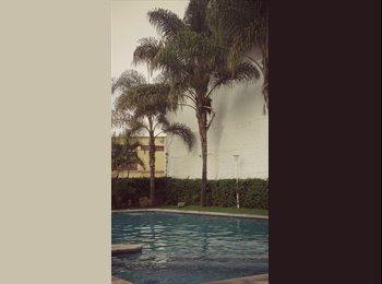 CompartoDepa MX - Tengo una habitación (solo chavas 23 a 30) - Guadalajara, Guadalajara - MX$4200