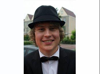 EasyKamer NL - Aron - 18 - Enschede