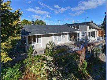 NZ - Grand Vue Holiday House - Kawaha Point, Rotorua - $1950