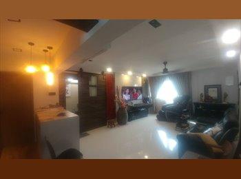 EasyRoommate SG MasRm $1750 avil Upper Bt Timah  Dec14 - Upper Bukit Timah, D21-24 West, Singapore - $1800 per Month(s),$415 per Week - Image 1
