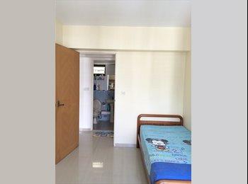 EasyRoommate SG - $850 aircon & wifi room, MRT, Immediate. No Agent - Toa Payoh, Singapore - $850