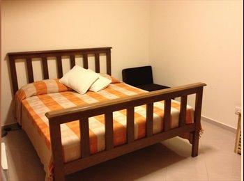 EasyRoommate SG - Ridgewood Condominium  - Holland, Singapore - $1500