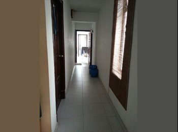 EasyRoommate SG - Master room in Tiong Bahru, freedom, nice mates - Tiong Bahru, Singapore - $1400