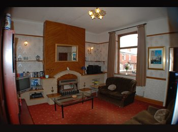 EasyRoommate UK - Large and Friendly Chorley House with Great Local Amenities - Chorley, Chorley - £280