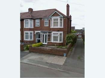 EasyRoommate UK - Nice 3 Bedroom House in CHEYLESMORE - Cheylesmore, Coventry - £650