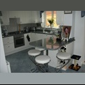 EasyRoommate UK Large Fully furnished Room for Rent - Swindon Town Centre, Swindon - £ 450 per Month - Image 1