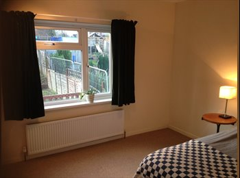 EasyRoommate UK - Spacious double room in quiet, friendly street - Shirehampton, Bristol - £350