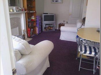 EasyRoommate UK - ground floor room to rent. - Ellesmere Port, Chester - £368