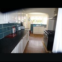 EasyRoommate UK 4 Double Rooms for Rent - Newly Re-Furbished - Swindon Town Centre, Swindon - £ 411 per Month - Image 1