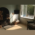 EasyRoommate UK Large furnished room near city centre. - Edgbaston, Birmingham - £ 400 per Month - Image 1