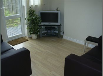 EasyRoommate UK - Double room all bills included & Office - Radford, Coventry - £365