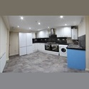 EasyRoommate UK VERY NICE 5 DOUBLE BEDROOMS (INCLUDE BILLS) - Rusholme, Manchester - £ 320 per Month - Image 1