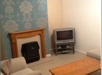 EasyRoommate UK - 3 bed detached bungalow residential area - Knottingley, Wakefield - £433