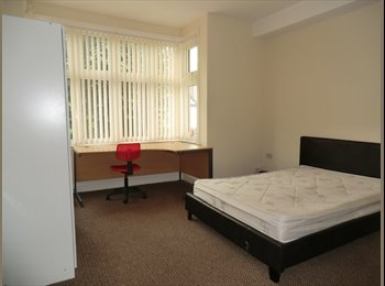 EasyRoommate UK - GREAT ENSUITE ROOMS NEXT TO THE TRAIN STATION COV - Cheylesmore, Coventry - £475