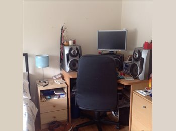 EasyRoommate UK - 2 single rooms to rent - Paignton, Paignton - £347