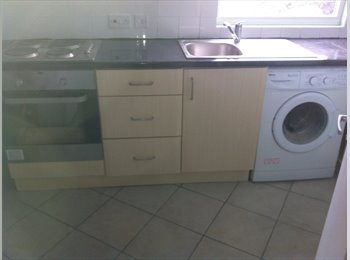 EasyRoommate UK - New 1 bed flat for professional person - Barnet, London - £885