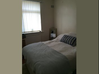 EasyRoommate UK - DOUBLE STANDARD ROOM - SAD TO BE RENTING - Penylan, Cardiff - £290