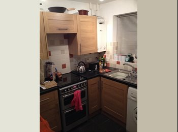 EasyRoommate UK - Room to rent in Tangmere - Chichester, Chichester - £300