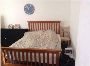 EasyRoommate UK - Room for rent in Isleworth - Isleworth, London - £550