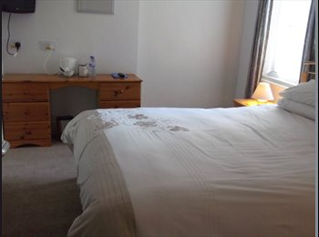 EasyRoommate UK - Spacious En Suite Double Room in Central Blackpool - Blackpool, Blackpool - £325
