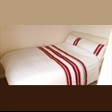 EasyRoommate UK Newly Furnished Room, With Double Bed, Digital TV - Aylesbury, Aylesbury - £ 465 per Month - Image 1