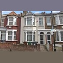 EasyRoommate UK Spacious Ground Floor Master Bedroom - Ilford, Greater London North, London - £ 560 per Month - Image 1