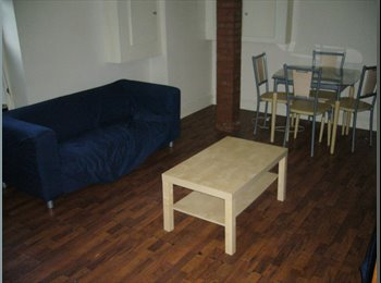 EasyRoommate UK - FANTASTIC 5 BEDROOM HOUSE SHARE - HEADINGLEY - Far Headingley, Leeds - £350