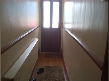 EasyRoommate UK - one room available to let - Gillingham, Gillingham - £300