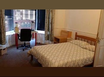 EasyRoommate UK - COME AND JOIN THIS GREAT HOUSE SHARE - Blackpool, Blackpool - £282