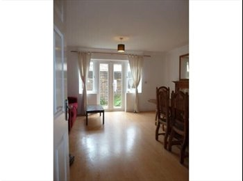 EasyRoommate UK - ** Boy wanted to make our house complete ** - Brighton, Brighton and Hove - £450