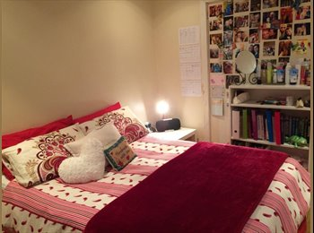 EasyRoommate UK - Two female flatmates looking to fill spare room! - Perry Barr, Birmingham - £300