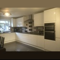 EasyRoommate UK En-Suite one Bed room for single female -£470 - Plaistow, East London, London - £ 470 per Month - Image 1