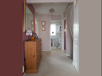 EasyRoommate UK - 2 Double rooms to Let in a 1st floor Maisonette - Great Shelford, Cambridge - £450