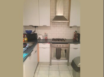 EasyRoommate UK - City Centre - Double Room - Own Bathroom - All in - Chester, Chester - £500