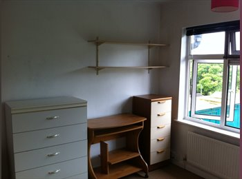 EasyRoommate UK - LARGE DOUBLE ROOM BY SCIENCE PARK - Chesterton, Cambridge - £520