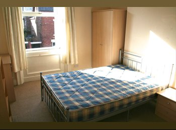 EasyRoommate UK - Double Room in Fenham to rent - Fenham, Newcastle upon Tyne - £266