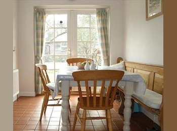 EasyRoommate UK - Single room in Luxury House Share - Stokenchurch, High Wycombe - £475