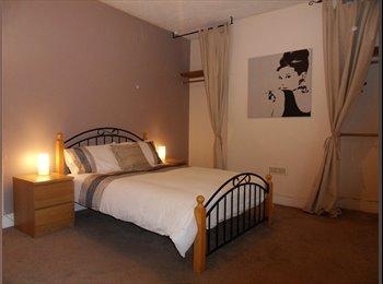EasyRoommate UK - EXECUTIVE ROOM - SOUTHEND-ON-SEA - £395 - Southend-on-Sea, Southend-on-Sea - £395