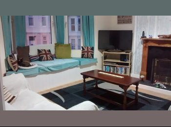 EasyRoommate UK - Friendly house share - St Judes, Plymouth - £347