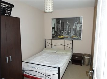 EasyRoommate UK - Furnished dbl room, free wifi - Thatcham, Thatcham - £400