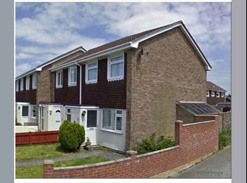 EasyRoommate UK - Room to Rent House Share - Camborne, Camborne - £325