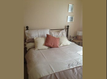 EasyRoommate UK - room to rent in friendly home - Northbourne, Bournemouth - £600